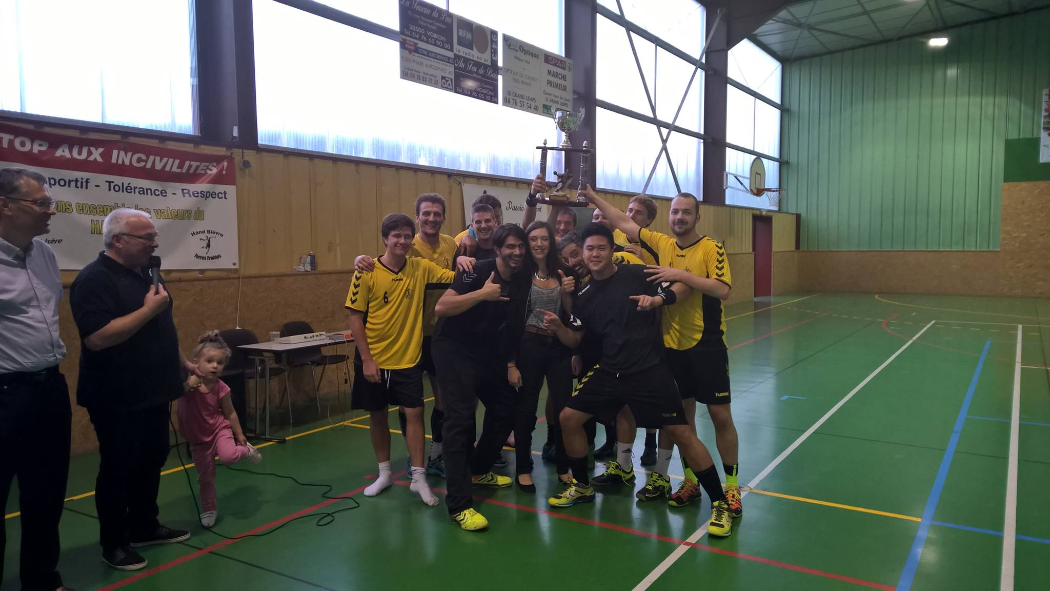 Belle réussite pour le tournoi de la Rosière 2015 ! - Hand Bievre Terres Froides - Club de Handball en Isère