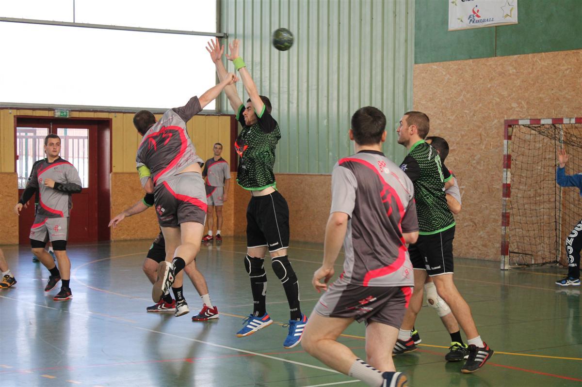 L'équipe réserve s'incline contre Sillans - Hand Bievre Terres Froides - Club de Handball en Isère