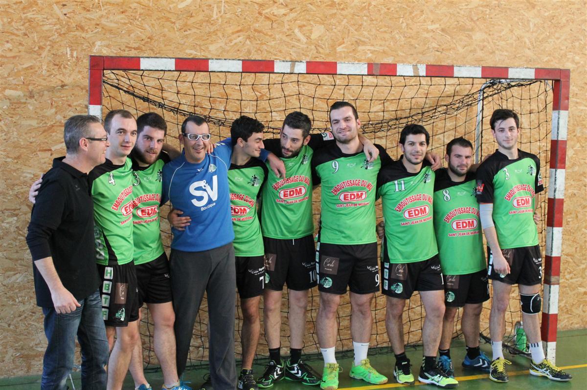 Large victoire de l'équipe Fanion - Hand Bievre Terres Froides - Club de Handball en Isère