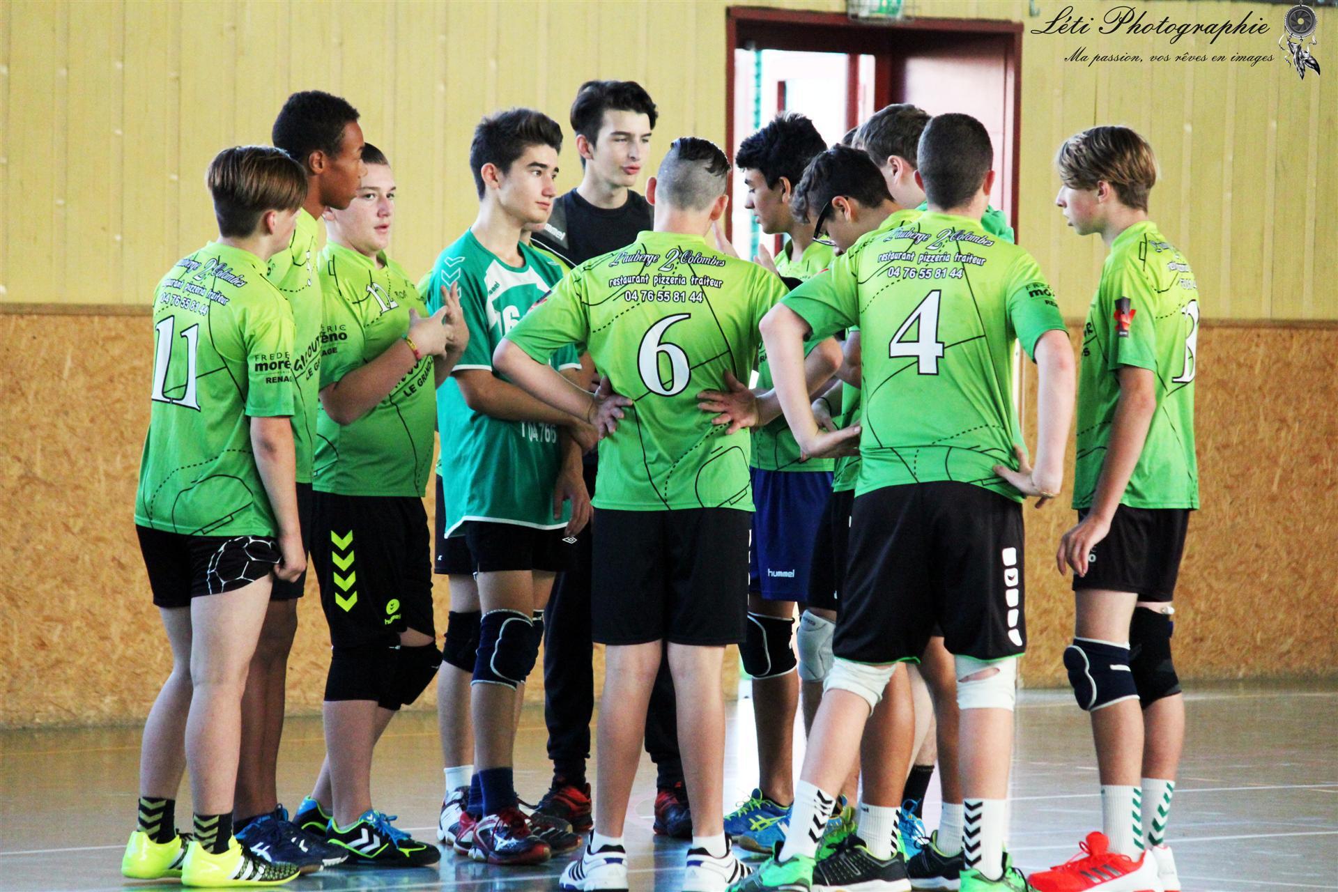-16G : L'entente renoue avec la victoire ! - Hand Bievre Terres Froides - Club de Handball en Isère