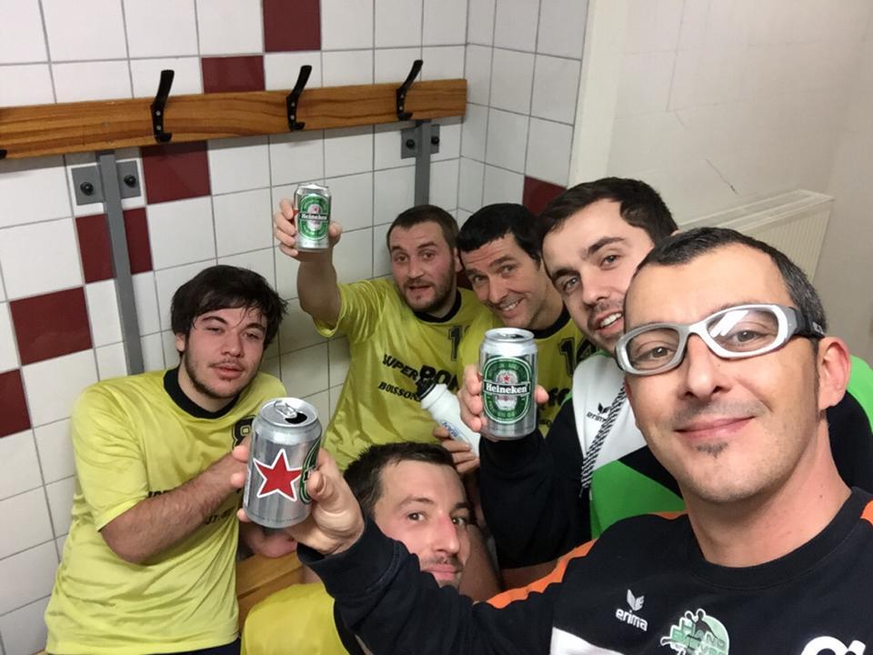L'équipe réserve s'incline dans la bonne humeur - Hand Bievre Terres Froides - Club de Handball en Isère