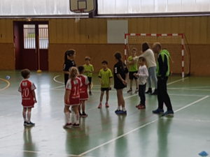 Ecole de Hand : Premiers pas en mode tournoi ! - Hand Bievre Terres Froides - Club de Handball en Isère
