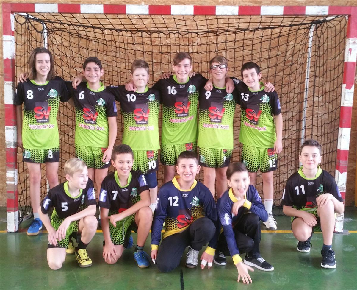Victoire des -15G contre Valloire - Hand Bievre Terres Froides - Club de Handball en Isère