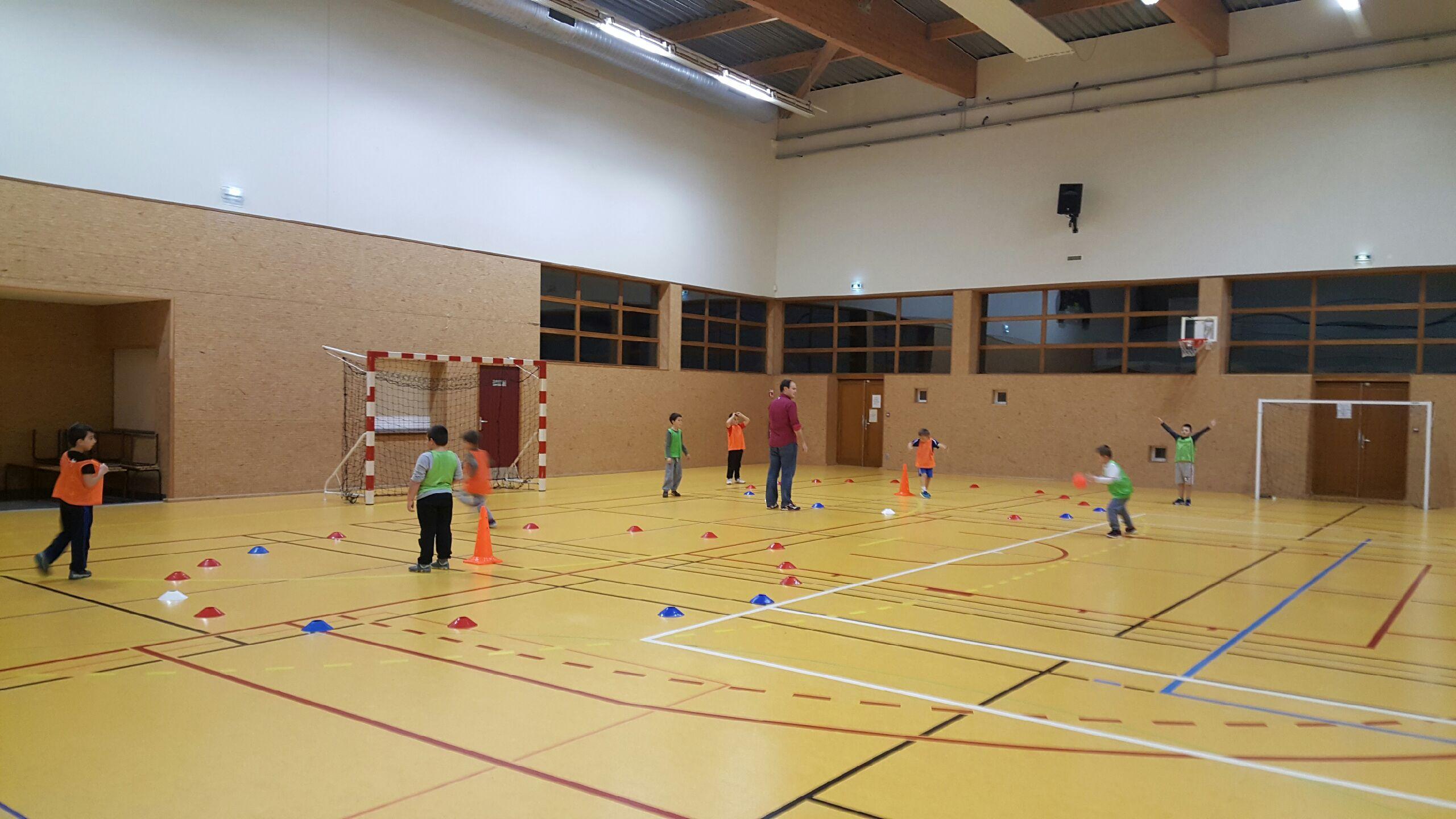 Clin d'œil sur : L'Ecole de Hand - Hand Bievre Terres Froides - Club de Handball en Isère