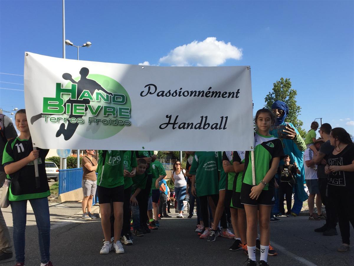 Le HBTF au défilé de La Rosière 2017 - Hand Bievre Terres Froides - Club de Handball en Isère